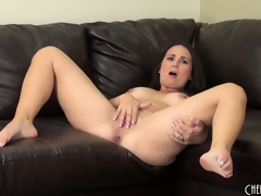 Holly West discloses her big scoops then plays with sex toys for solo fun